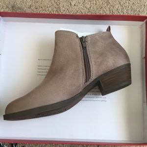 NWT Brown Ankle Booties